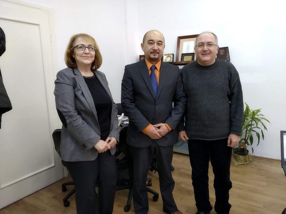 «Узтекстильпром» привлекает турецкие гранты для подготовки кадров